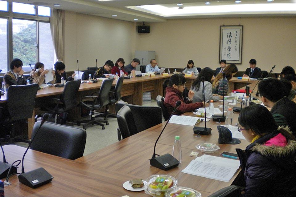 台湾研修(補仁大学で学生合同研究会)